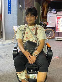 西成で人夫出しをしている上村さん(筆者撮影)