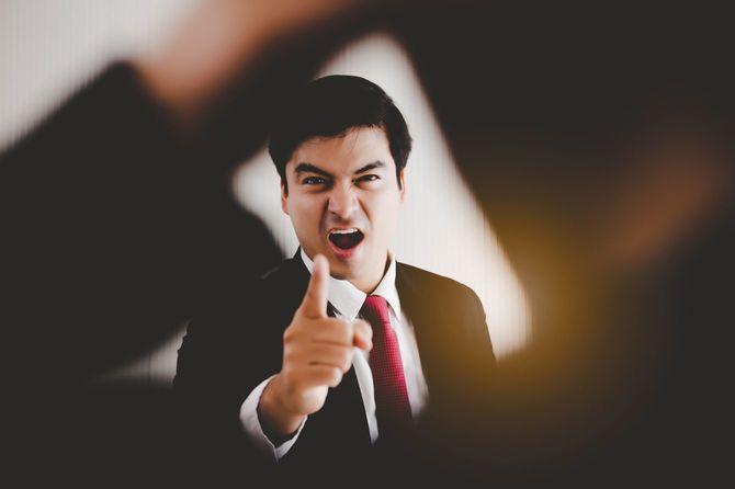 怒っている上司
