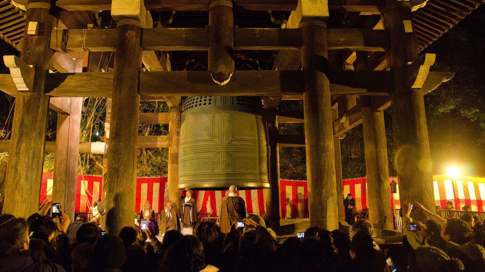 NHKが大復活させた「大晦日のしきたり」の正体 除夜の鐘は昭和になって広まった