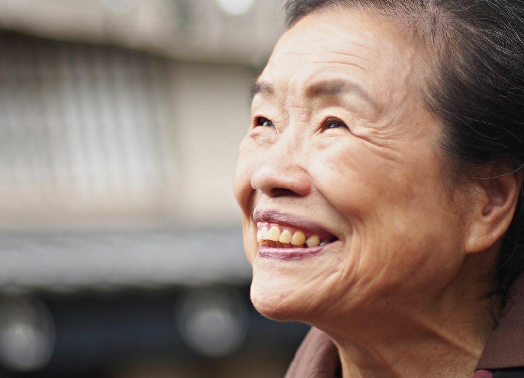なぜ80歳以上は年齢を上にサバ読むのか 「若さ」と「美」は直結している