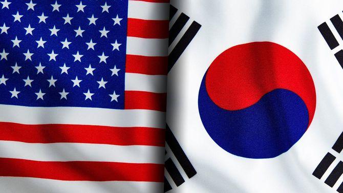星条旗と韓国旗の間に溝