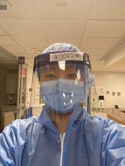 同病院脳外科のICU(集中治療室)で働くキヨコ・キム看護師