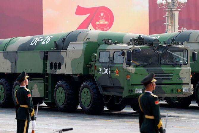 中国の弾道ミサイル「東風26」=2019年10月1日、(中国・北京)