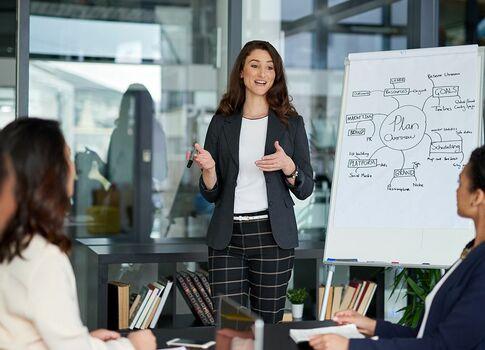PRESIDENT WOMAN企業分析ワークショップ「現役アナリストが教える、ビジネス数字力の磨きかた」