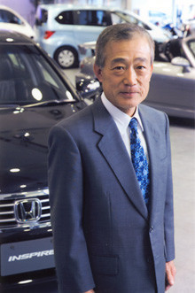 <strong>本田技研工業 福井威夫社長</strong><br>1944年、東京都生まれ。麻布高校、早稲田大学理工学部卒後、本田技研工業入社。87年ホンダレーシング(HRC)社長、88年本田技研工業取締役、96年常務取締役、98年本田技術研究所社長、99年本田技研工業専務取締役を経て、2003年より現職。