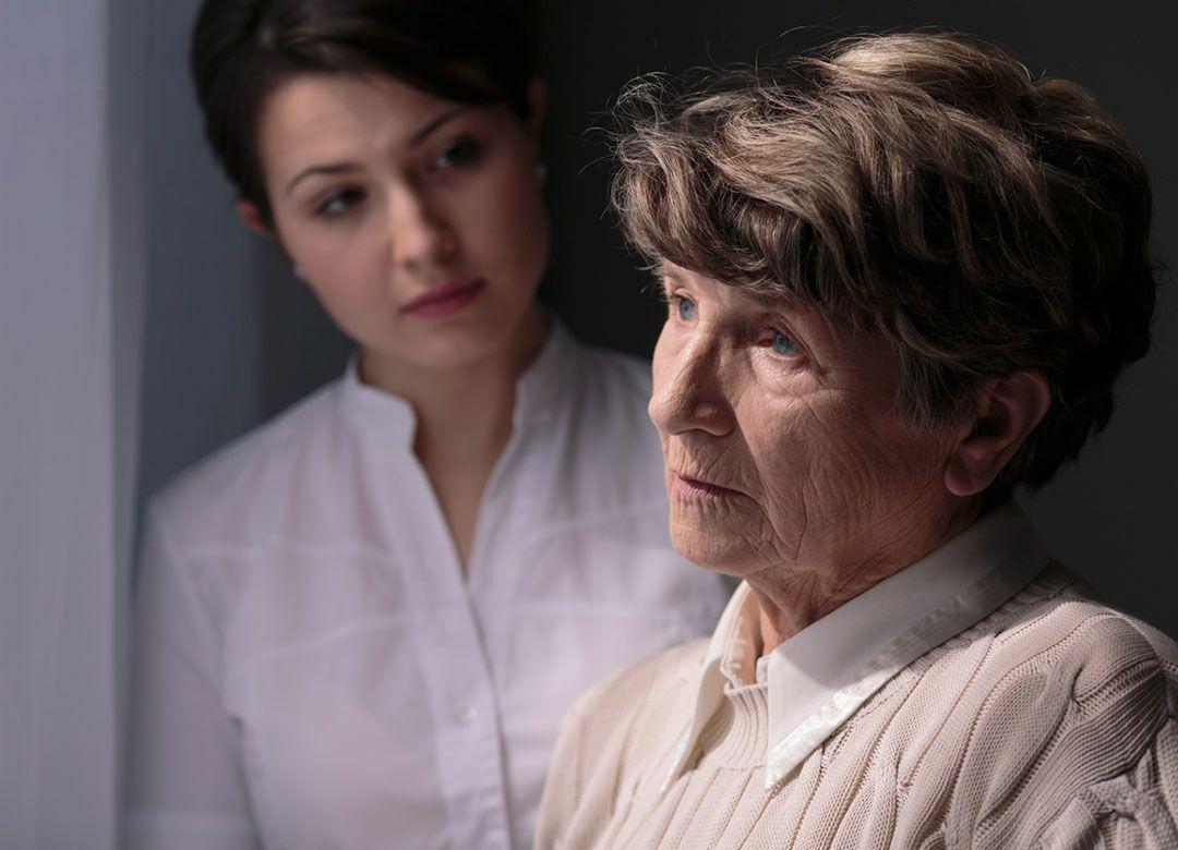 """""""アルツハイマー病で感情が消える""""は誤解 """"母が認知症になって""""わかったこと"""