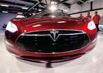 トヨタと提携した米テスラ社にとっても中国は「巨大市場」だ。(AFLO=写真)
