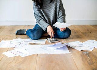 借金の時効が10年→5年で誰が損するか