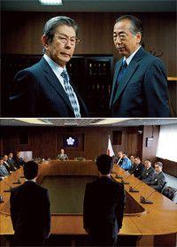 人気シリーズの『相棒』が映画になった。主演の水谷豊、及川光博に加え、小西真奈美、宇津井健らがゲストとして登場。犯人役の小澤征悦の演技が秀逸。©2010『相棒-劇場版II-』パートナーズ