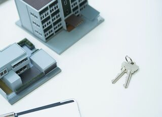 賛否両論「不動産投資を今やるべき理由」