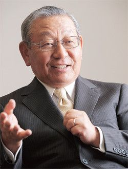 <strong>高萩光紀</strong>●たかはぎ・みつのり 1940年、東京都生まれ。64年、一橋大学法学部卒業、日本鉱業入社。93年、ジャパンエナジーが発足。94年、同社取締役、98年常務、2001年専務執行役員、02年社長。同年、新日鉱ホールディングスが発足。06年、同社社長。10年、新日本石油と新日鉱の経営統合でJXホールディングスが発足、同社社長。