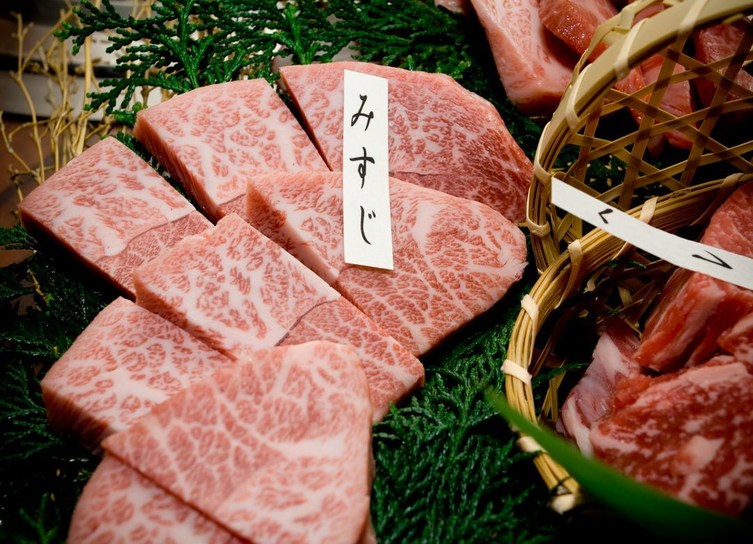 """""""イチゴの次は和牛""""平気で日本産盗む隣国  なぜ和牛輸入禁止の中国で大量流通"""